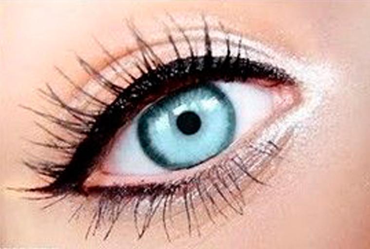 eyeliner trucco occhi